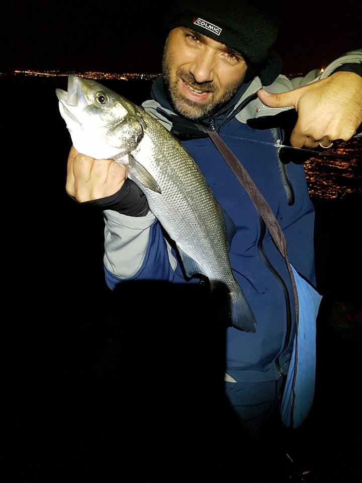 Viareggio non è solo pescsa diurna e proprio di notte si possono catturare delle belle spigole