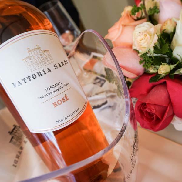 Prodotto alla Fattoria Sardi il Rosè è un ottimo vino da pesce e crostacei